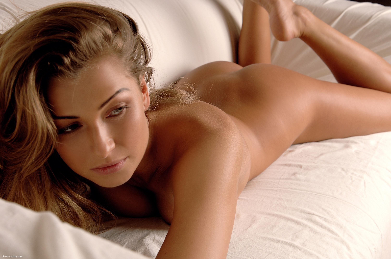 Самая красивая девушка мира эротика фото 14 фотография
