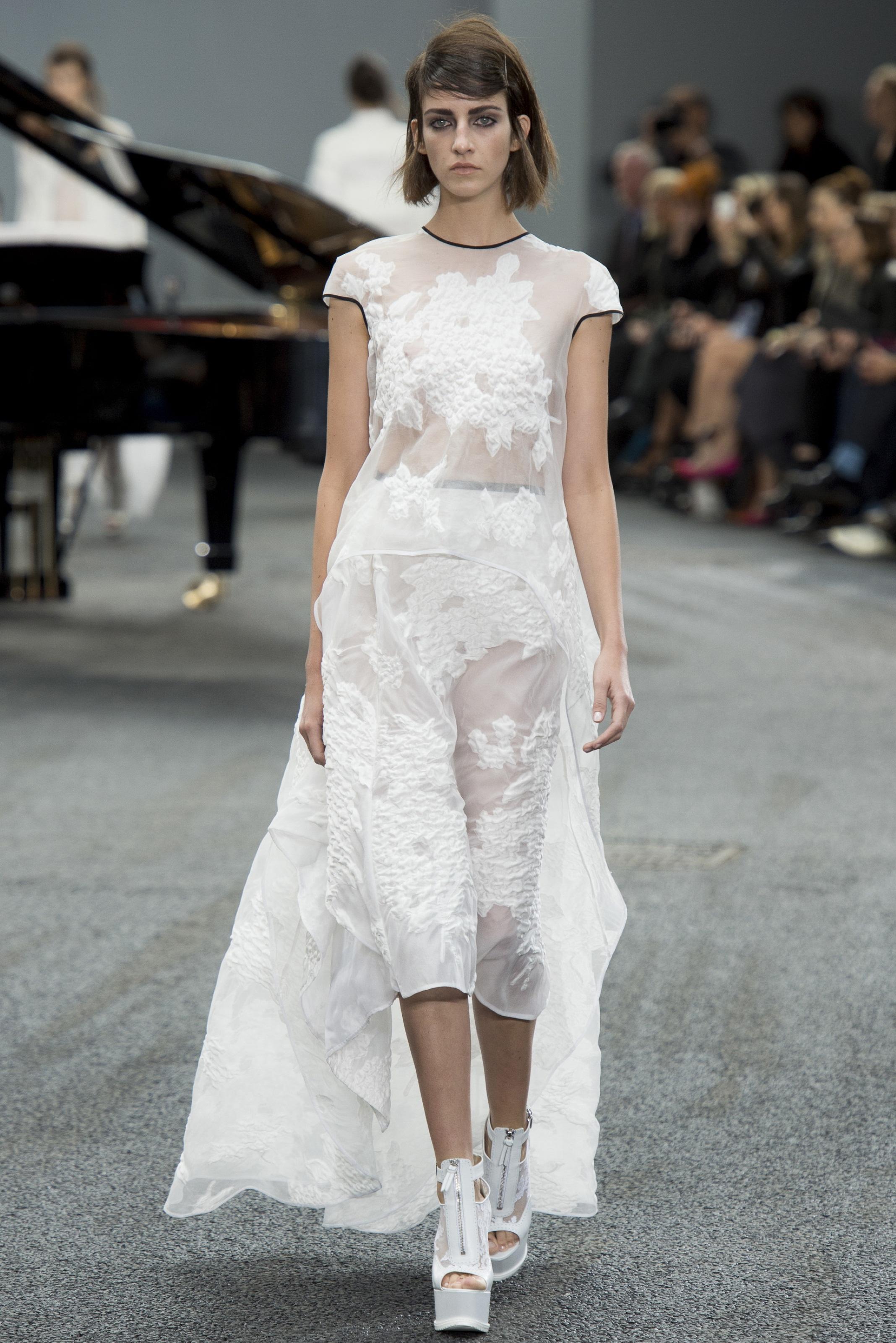 00180 h 20130916175500 00180h for Wedding dresses for tomboy brides