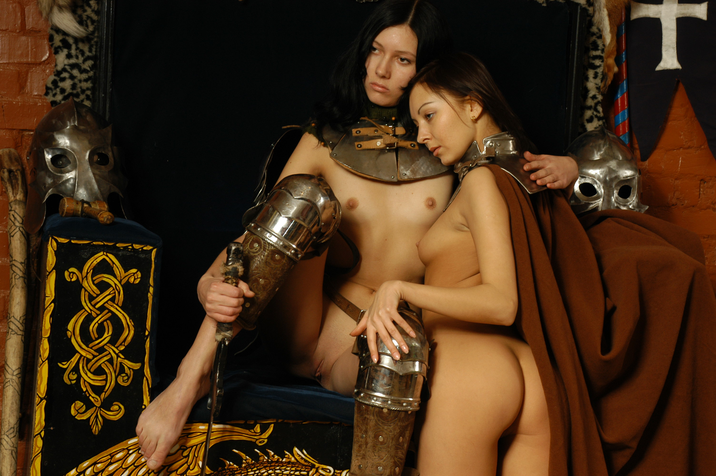 Nude female knight hentai photo