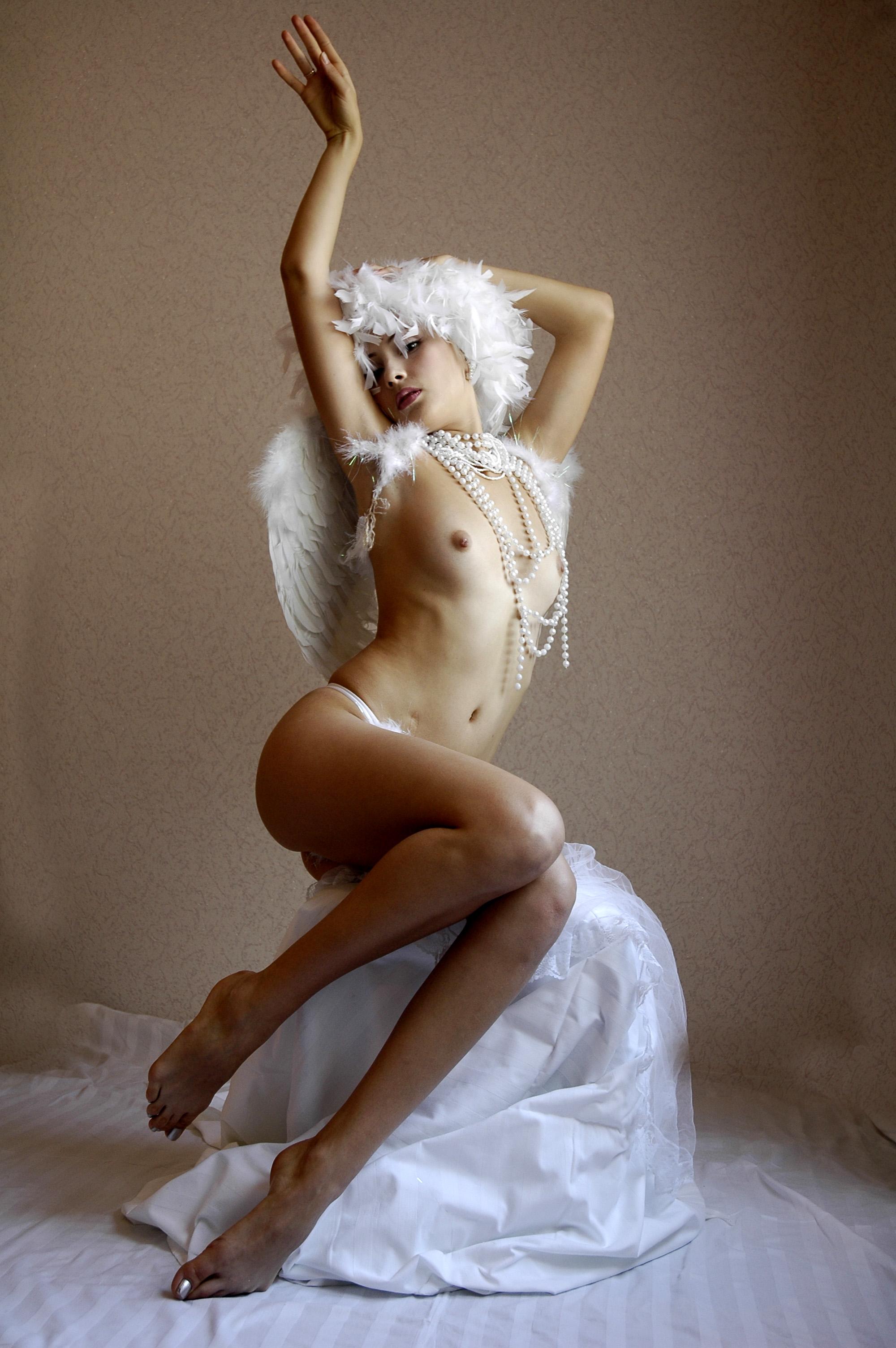Самые сексуальные фото ангелов