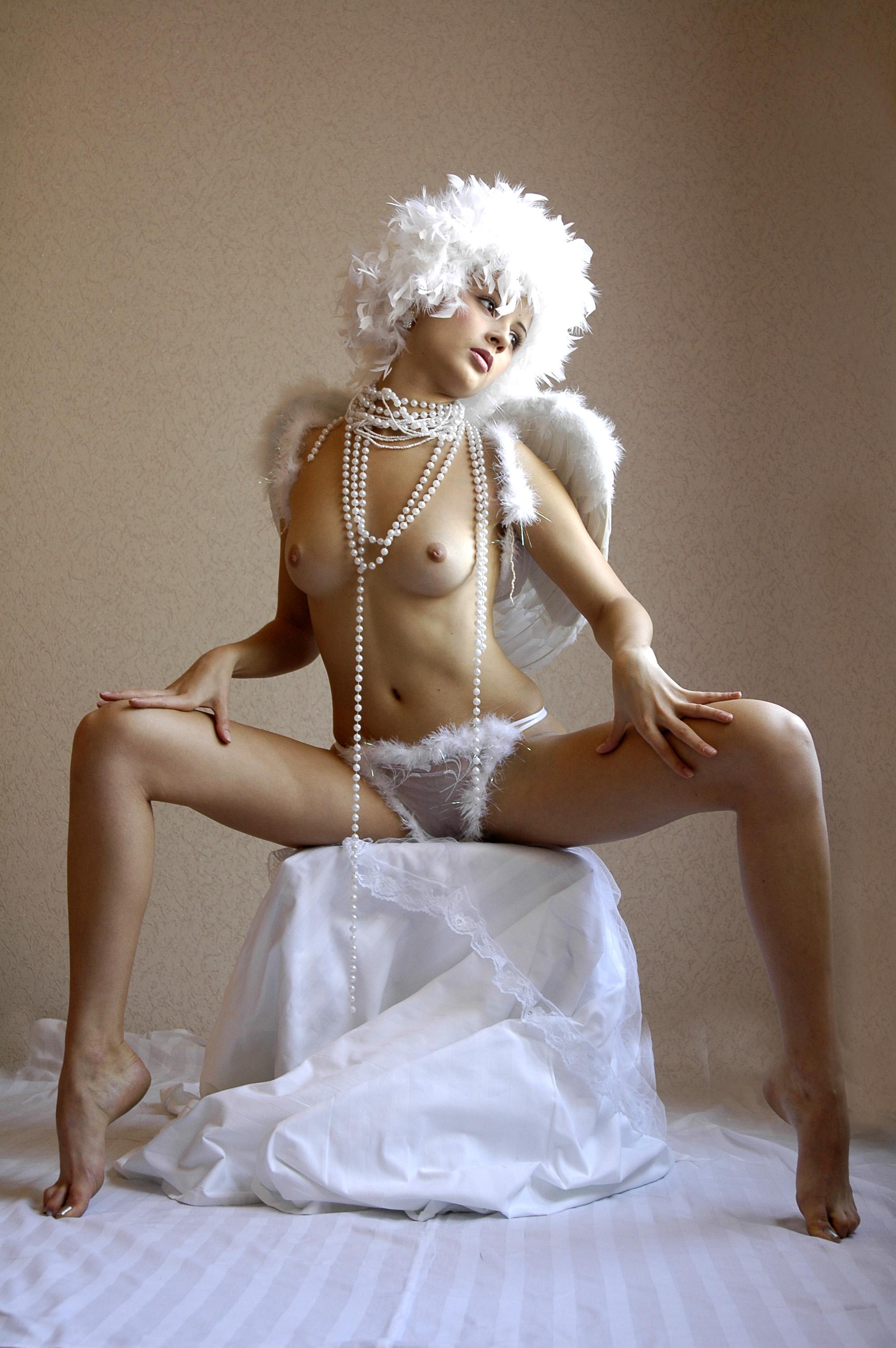 Эротическое фото ангелочки 13 фотография