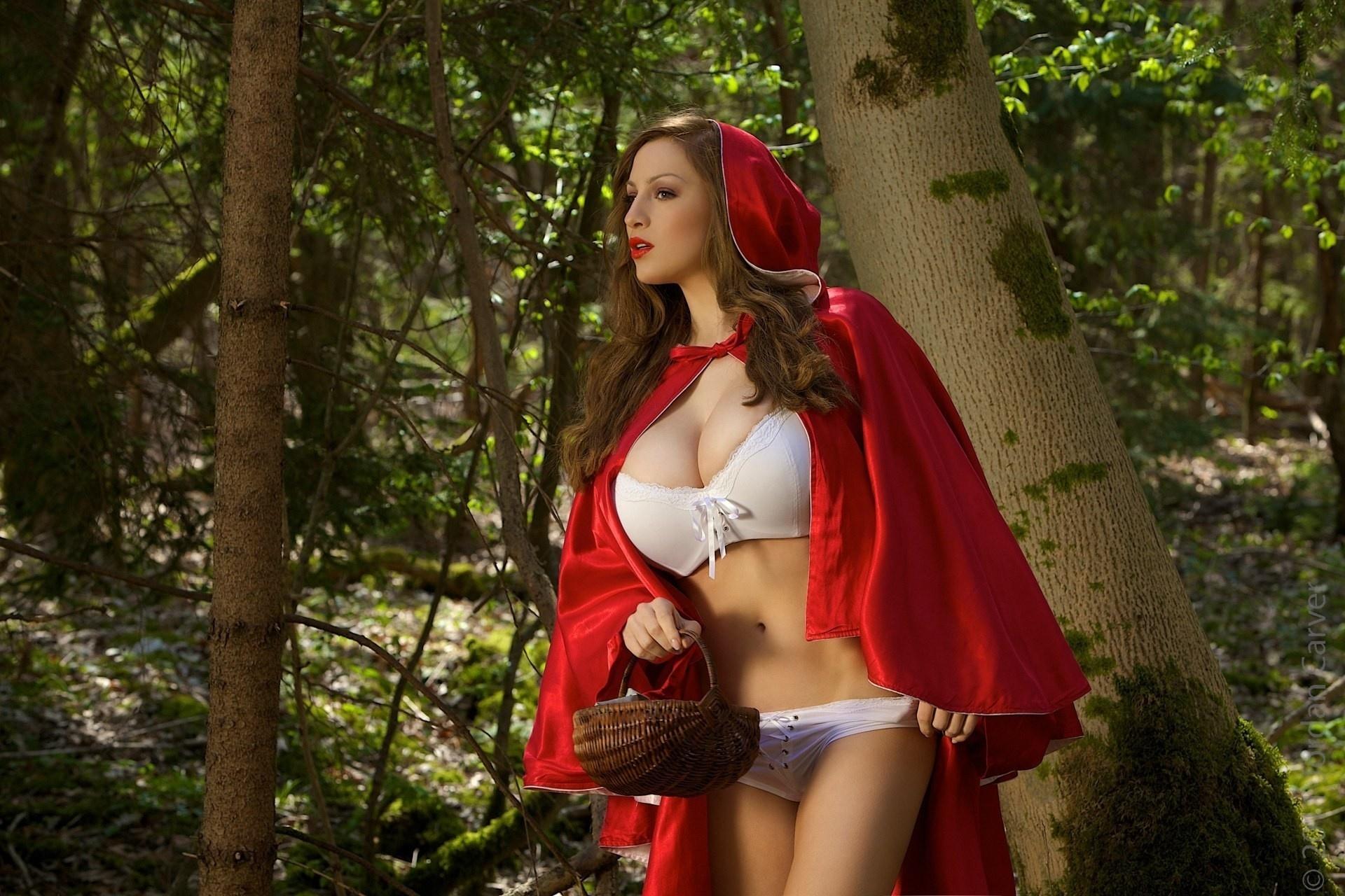 красная шапочка сиськи