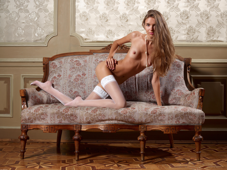 Секси в белых чулках 21 фотография