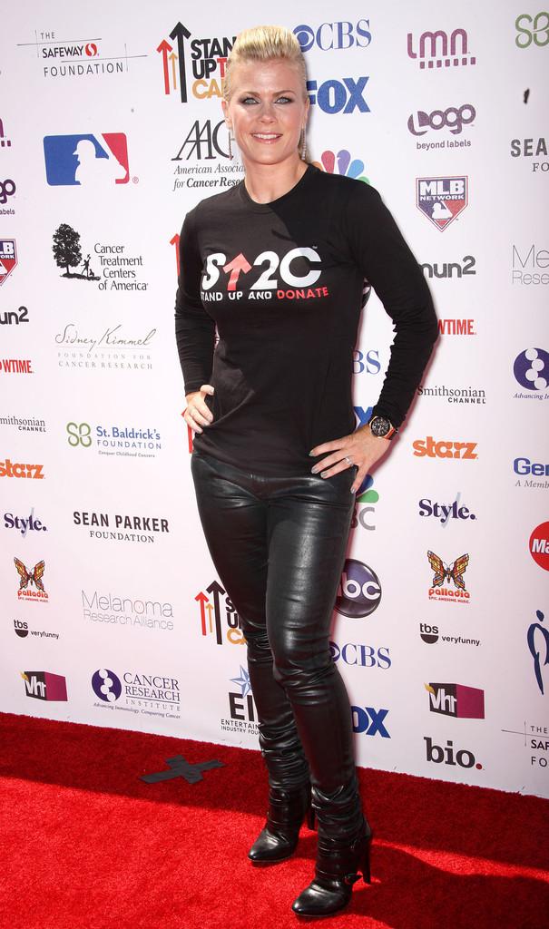 Alison Sweeney 07 09 2012 01 a
