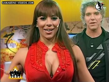 Argentina Celebrity Ximena Capristo deep cleavage