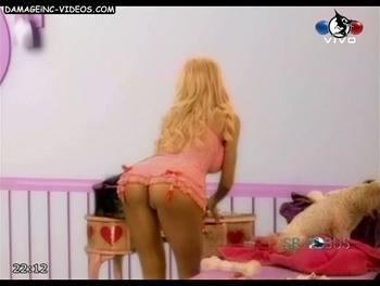 Luciana Salazar mostrando el culo