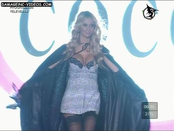 Argentina Model Melina Pitra big tits lingerie